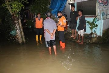 banjir-desa-songgom-jaya-di-kecamatan-cikande