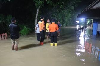banjir-di-kecamatan-jawilan