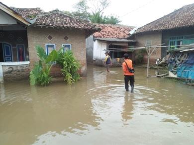 kejadian-banjir-di-kecamatan-tanara