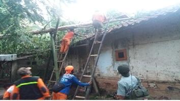 laporan-kejadian-cuaca-ekstrim-di-kecamatan-mancak