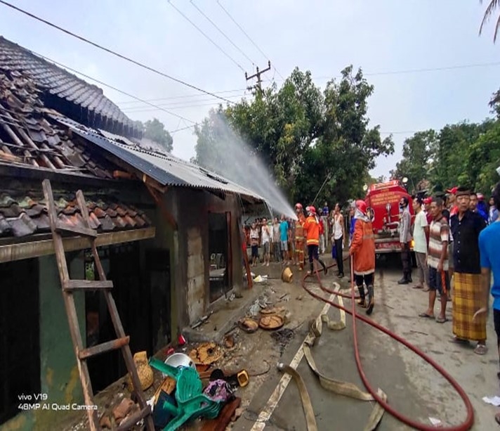 laporan-kejadian-kebakaran-di-kecamatan-tunjung-teja