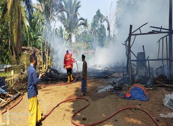 laporan-kejadian-kebakaran-di-kecamatan-tunjungteja