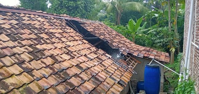 laporan-kejadian-kebakaran-pemukiman-rumah-kec-cinangka