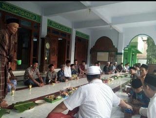 tradisi-kupatan-bentuk-akulturasi-budaya-lokal-dan-ajaran-islam